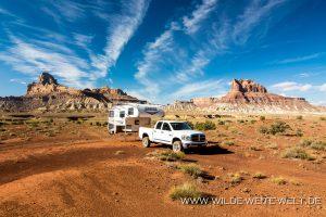 bernachtung-an-der-Mexican-Mountain-Road-San-Rafael-Swell-Utah-2-300x200 Entfernungen richtig einschätzen