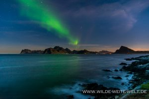 Aurora-Borealis-Myrland-Lofoten-Norwegen-2-300x200 Aurora Borealis