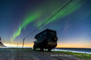 Aurora-Borealis-Myrland-Lofoten-Norwegen-3-300x200 Aurora Borealis