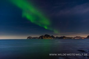 Aurora-Borealis-Myrland-Lofoten-Norwegen-300x200 Aurora Borealis