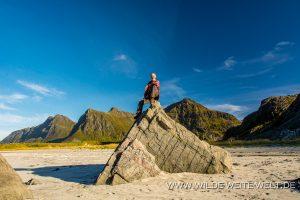 Sandstrand-Flakstad-Lofoten-Norwegen-300x200 Sandstrand