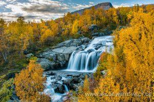 Wasserfall-Stora-Sjoefallets-Nationalpark-Lappland-Schweden-300x200 Wasserfall