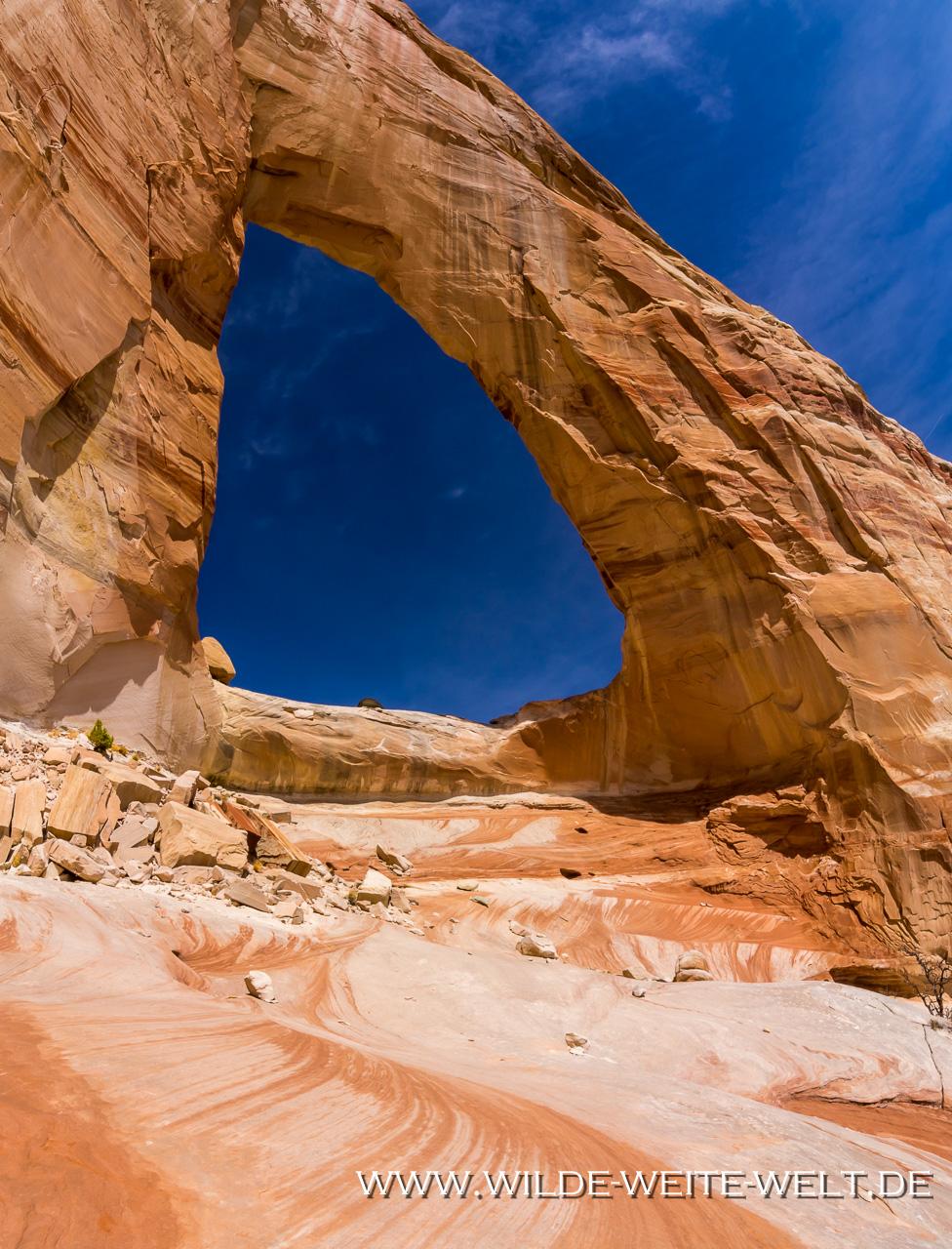 White-Mesa-Arch-Navajo-Indian-Reservation-Arizona-38 White Mesa Arch [Arizona]