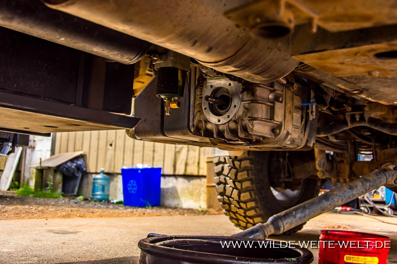 Gebrochene-Stoßstangenhalterung-Las-Playitas-Todos-Santos-Baja-California-Süd-2 Erfahrungsbericht zum Expeditionsmobil Iveco Daily 4 x 4