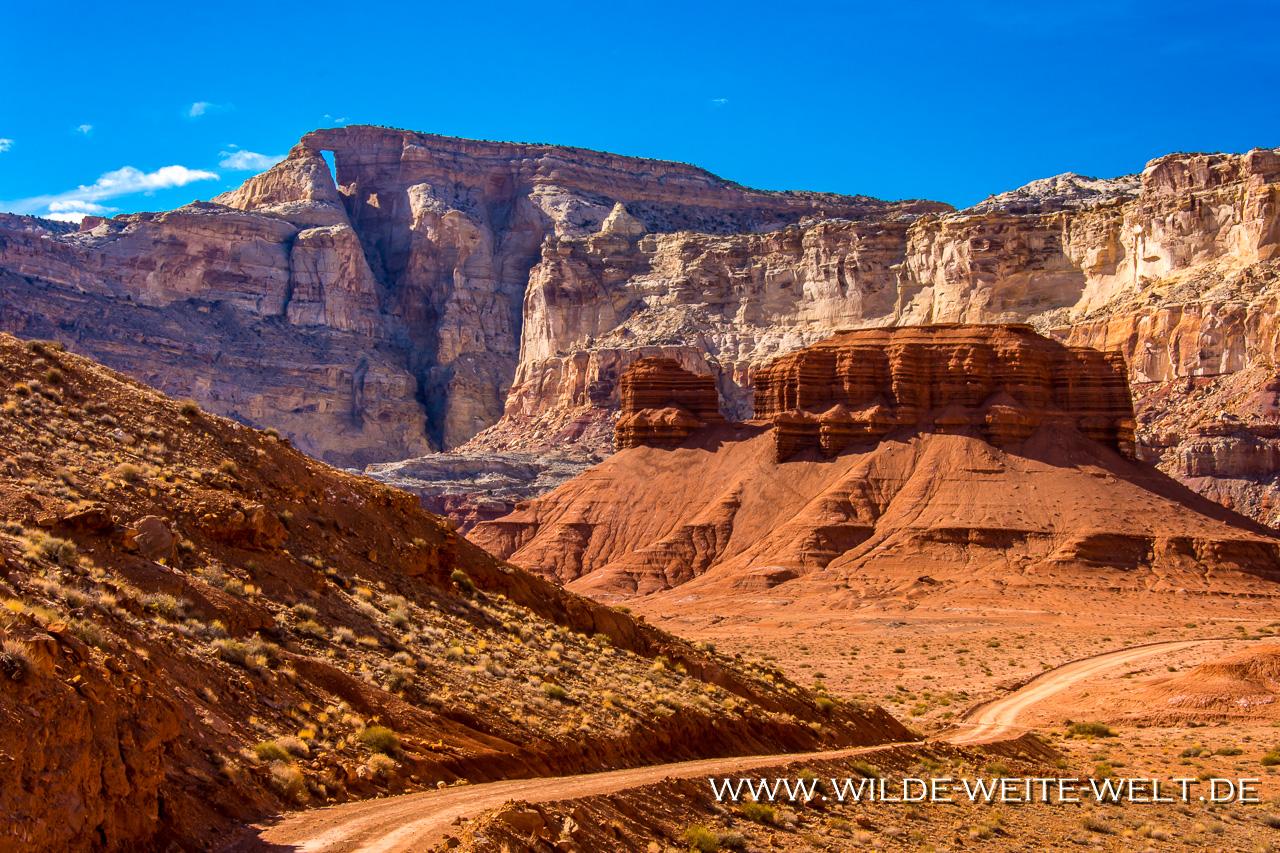 The-Hondu-Arch-Reds-Canyon-Loop-San-Rafael-Swell-Utah-6 Hondu Arch [Utah]