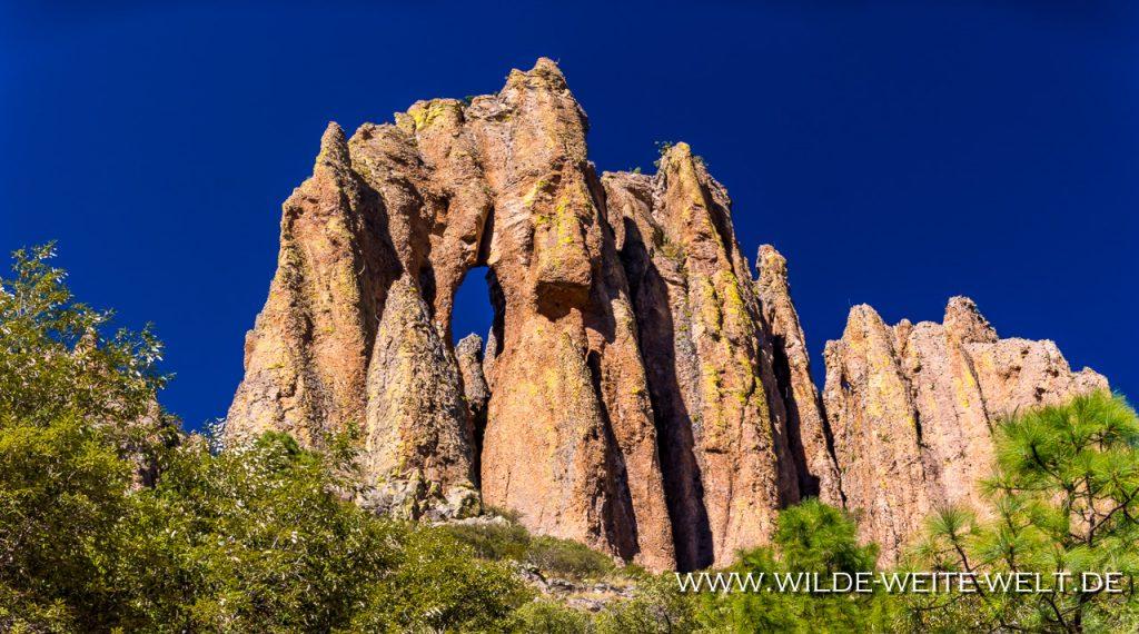 Triple-Maguarichi-Arch-Maguarichi-Road-Sierra-Madre-Chihuahua-11-1024x682 Gesteinsbögen - Arches - Arcos de Mexico [divers]