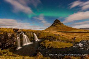 Kirkjufell-und-Kirkjufellsfoss-mit-Aurora-Borealis-Grundarfjördur-54-island-8-300x200 Kirkjufell und Kirkjufellsfoss mit Aurora Borealis