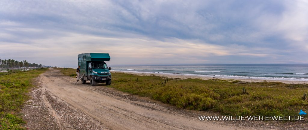 Athabasca-River-mit-Roche-Ronde-Yellowhead-Highway-Jasper-National-Park-Alberta-1024x420 Iveco Daily 4x4: Foto-Gallery # 5 Offroad-Camper - Canada to Mexico