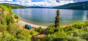 bernachtungsplatz-Dease-Lake-Cassiar-Highway-British-Columbia-8-300x142 Übernachtungsplatz