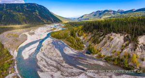 bernachtungsplatz-MacDonald-Creek-Stone-Mountain-Provincial-Park-Alaska-Highway-British-Columbia-10-300x162 Übernachtungsplatz