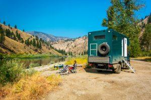 bernachtungsplatz-Salmon-River-Salmon-Challis-National-Forest-North-Fork-Idaho-300x200 Übernachtungsplatz