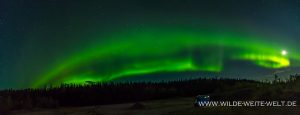Aurora-Borealis-Alaska-Highway-British-Columbia-26-300x115 Aurora Borealis