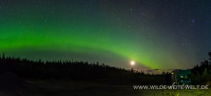 Aurora-Borealis-Alaska-Highway-British-Columbia-8-300x136 Aurora Borealis