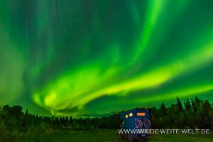 Aurora-Borealis-Mackenzie-Highway-Northwest-Territories-38-300x200 Aurora Borealis