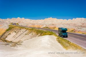 Badlands-Yellow-Mound-Overlook-Badlands-National-Park-South-Dakota-300x200 Badlands