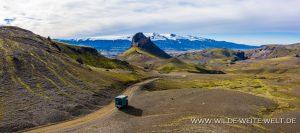 Einhyrningur-und-Eyjafjallajökull-Emstruleid-F261-Island-300x133 Einhyrningur und Eyjafjallajökull