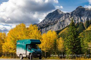 Fall-Color-Kananaskis-Highway-Kananaskis-Country-Alberta-300x200 Fall Color