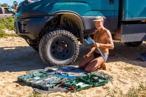 Reparatur-Stossstangenhalterung-Las-Playitas-Todos-Santos-Baja-California-Sued-300x200 Reparatur Stoßstangenhalterung