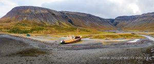 Schiffswrack-Gardar-BA64-Orlygshafnarvegur-612-Patreksfjördur-Island-300x126 Schiffswrack Gardar BA64