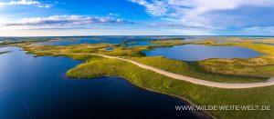 Tundra-Lower-Mackenzie-Valley-Road-Tuktoyaktuk-Northwest-Territories-300x131 Tundra