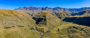Drakensberge-Eagle-Trail-Lotheni-Kwazulu-Natal-Suedafrika-15-300x127 Drakensberge